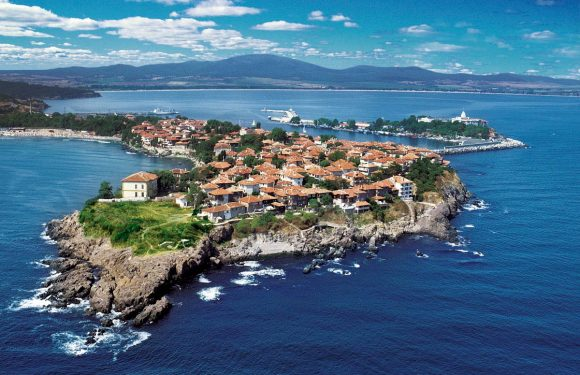 The ancient city of Sozopol. Read this!