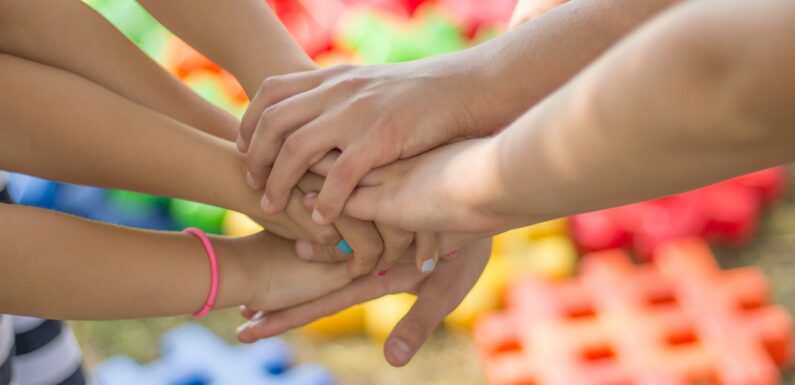 Hand in hand on the way to a new beginning – ABC Kinder Care Centre is always there for you to support your children